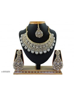 Shimmering Beautiful Women Jewellery Sets
